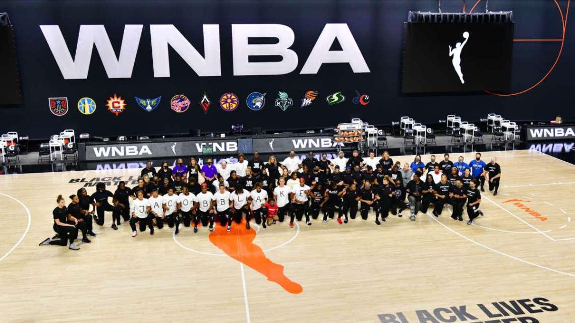NBA, WNBA, MLB Teams staken om te protesteren tegen Jacob Blake Police Shooting