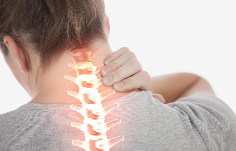 Hoe een nekbult of 'iPad-bult' (artrose) te voorkomen