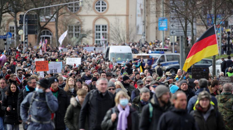 De waarheid over de demonstratie in Kassel – zo brutaal ligt de Duitse media