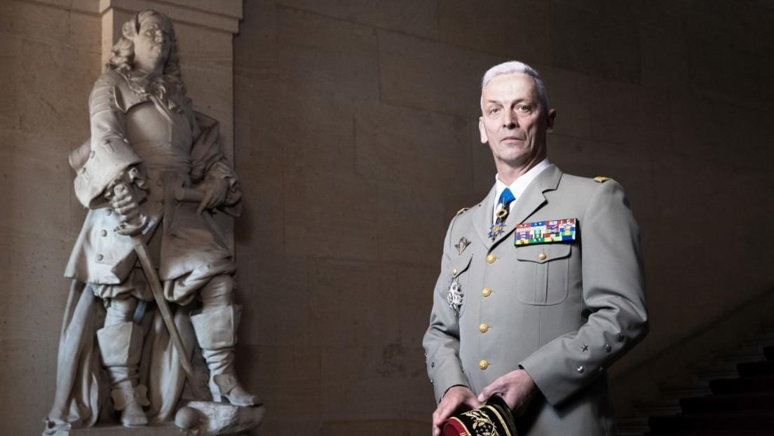 """Na een """"burgeroorlog"""" -brief: de Franse stafchef roept de betrokken soldaten op af te treden"""