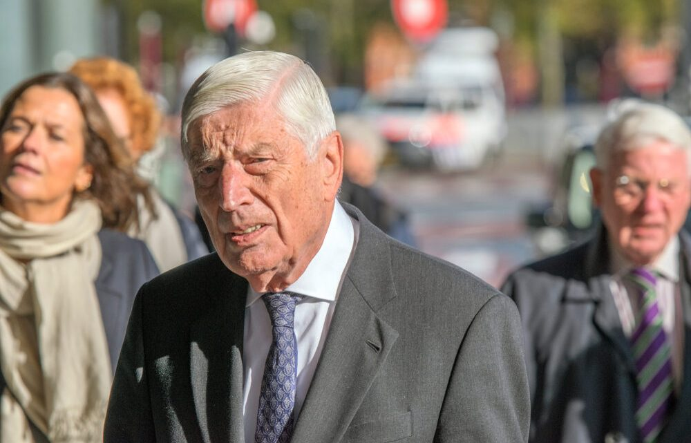 CDA-coryfee Dries van Agt zegt lidmaatschap op: 'Kon de onbarmhartigheid jegens Palestijnen niet langer verdragen'