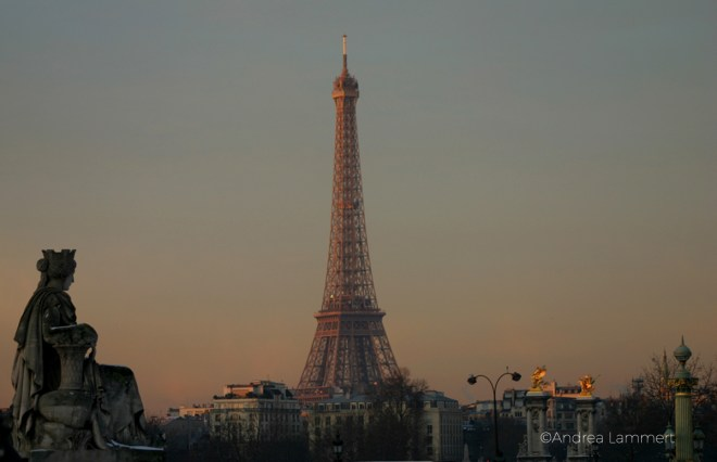 Eiffelturm im Morgenlicht - Geheimtipp für Paris