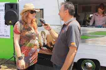 MC Marisa grabs a quick chat with Scott in between MCing duties at BMF 2016