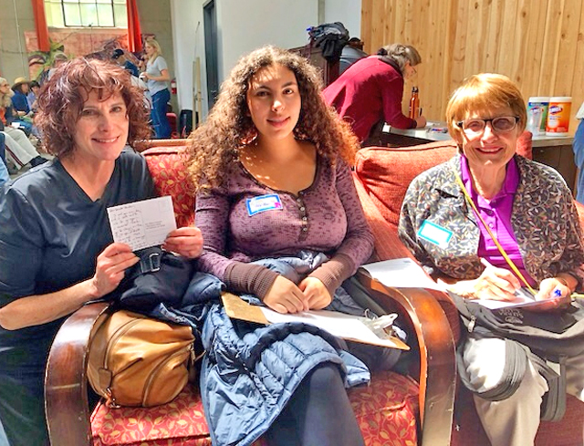 Three generations of resisters! Ellen, Meriam and Iris. Photo by LeAnn Kanowsky