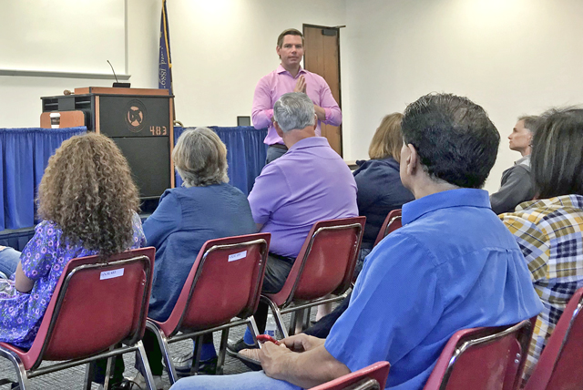Rep Swalwell Town Hall 8/11/18, photo by Janine Costanzo