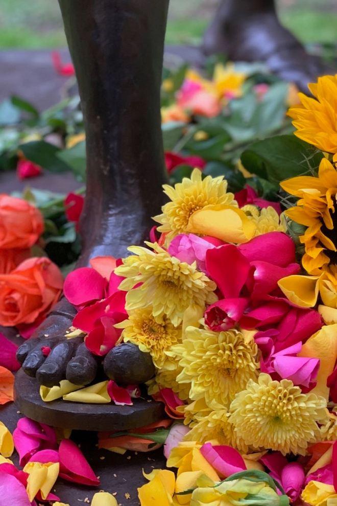 Kukitettu Gandhi-patsas