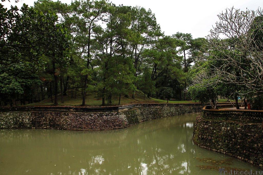 хюэ вьетнам гробница императора