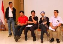 Saat Tim AHM Menanggapi Sikap Kritis Blogger, Tegang Banget ya.. Hehehe..