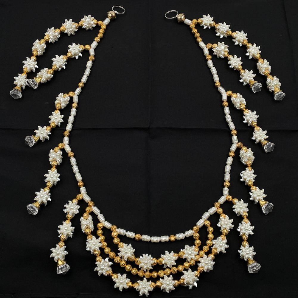 "White Flowers & Gold Beads Toran - 36"""