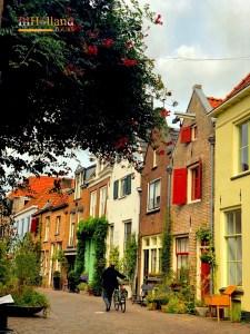 Deverter Belanda