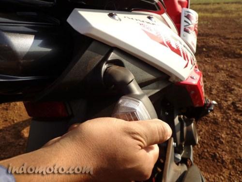 lampu sign belakang Yamaha X-Ride