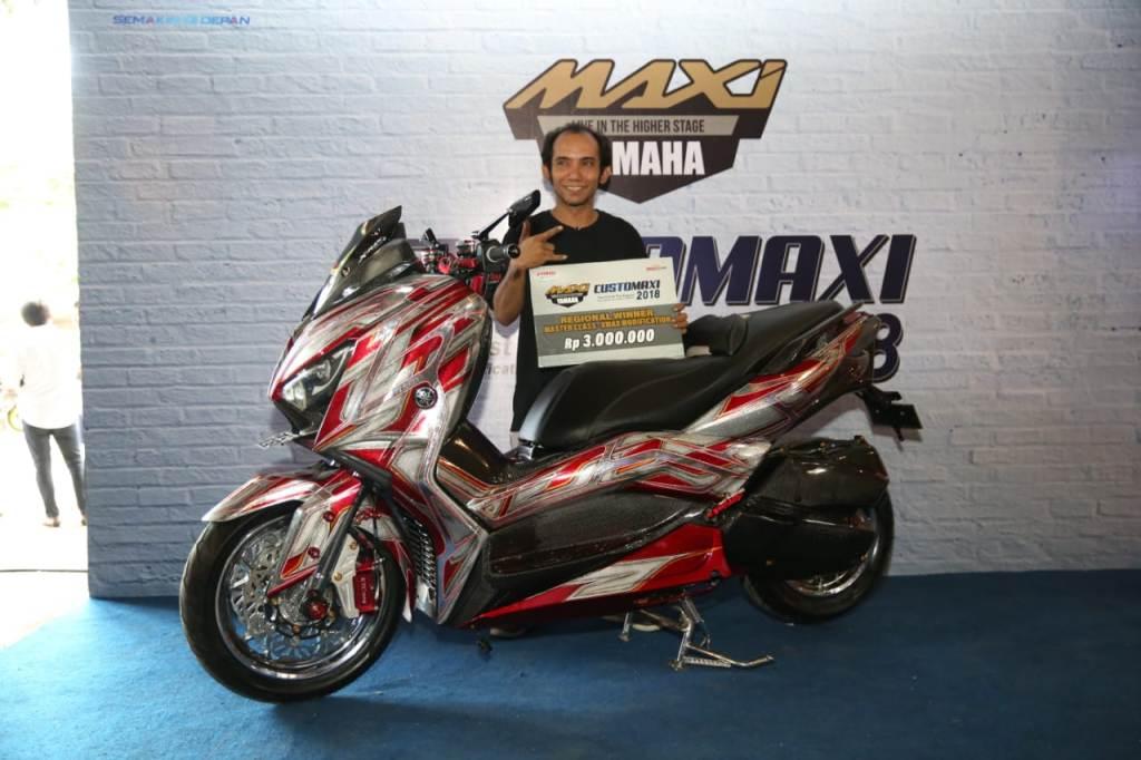 Juara CustoMAXI Bali Kategori XMAX