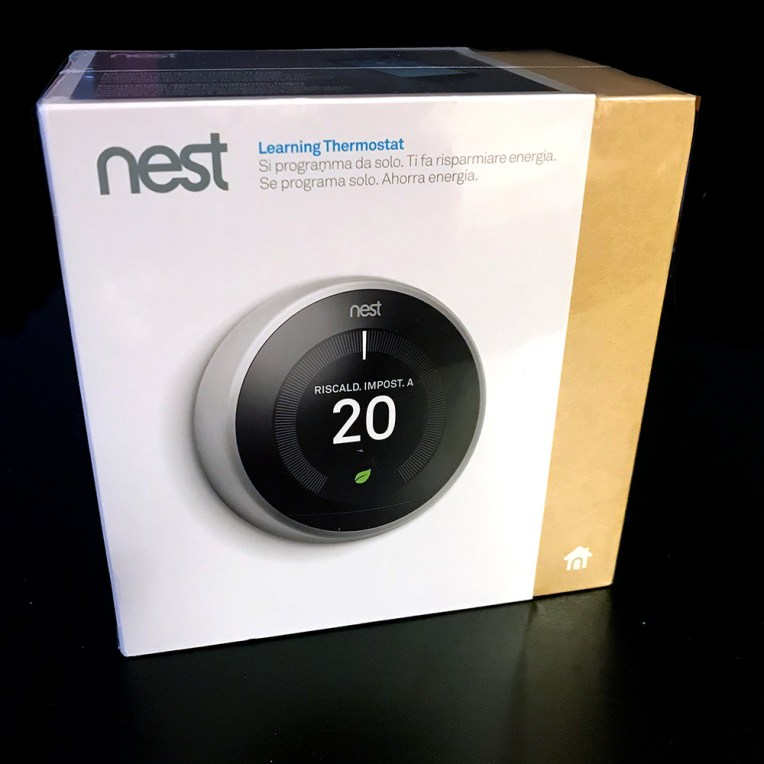 NEST Learning Thermostat V3 - Box