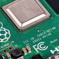 OFFERTA: per poche ore lo Starter Kit Raspberry Pi 4 è sotto gli 80 euro!