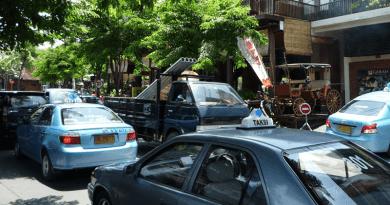 インドネシアで安心して利用できるタクシー