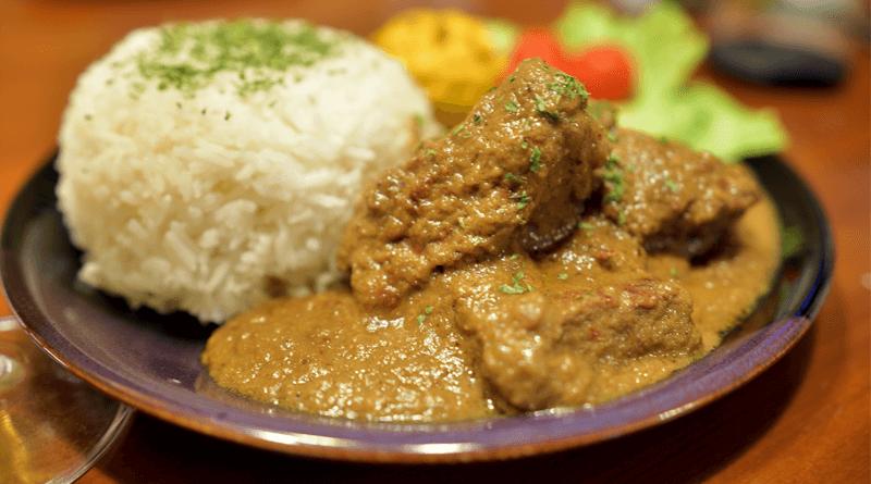世界一美味しい料理とも言われたインドネシアの伝統料理「ルンダン」