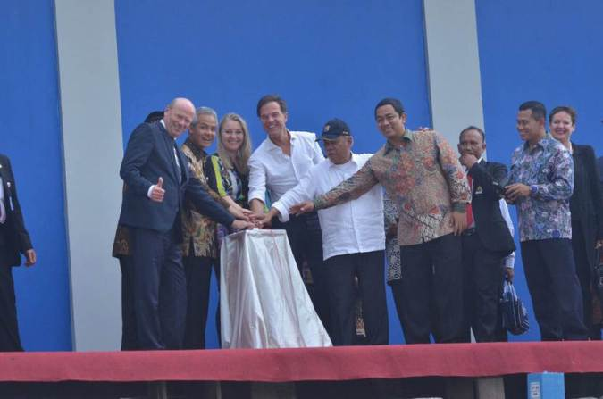 Officiële opening gemaal Bangerpolder bij Semarang.