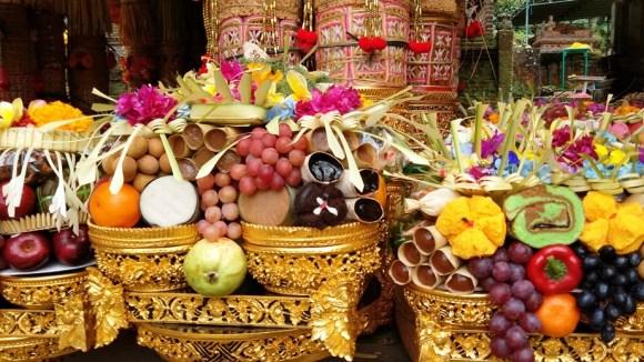 Bali bellissime offerte al tempio