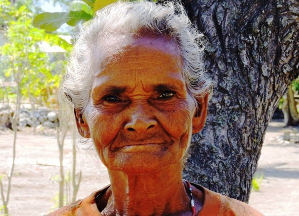 Timor donna al villaggio