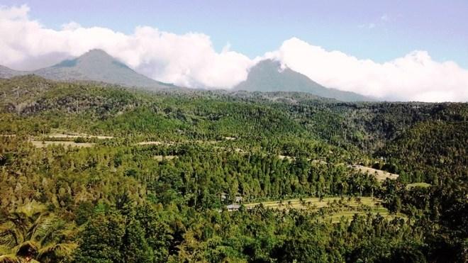 Bali munduk e le sue montagne
