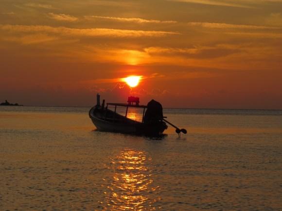 Laos tramonto sul fiume