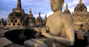 borodudur indonesia, Indonesia Travel guide, Places other than Bali