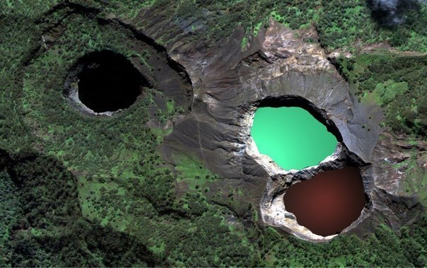tri-colored-lakes-kelimutu, Indonesia Travel guide, Place other than Bali