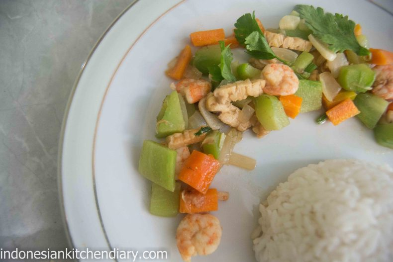 Carrot and Chayote Stir Fry