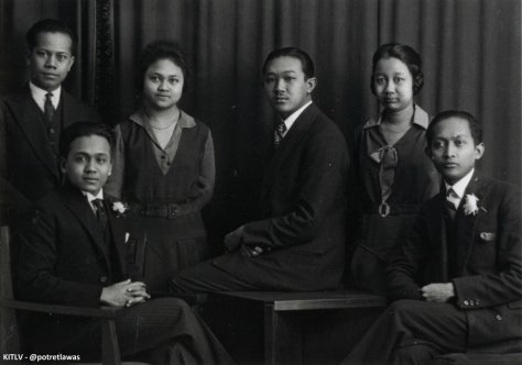 Dutch East Indies Students in Holland, 1932. Maria Ullfah (right) would go on to become the first woman bachelor of laws from the Dutch East Indies.