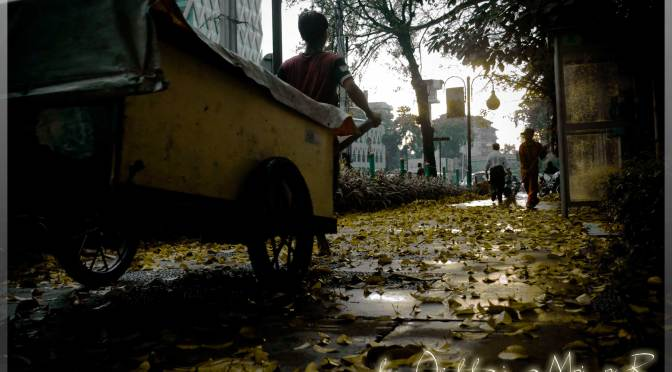 Short Story: The Laughter of the Girl from the Garbage Dump