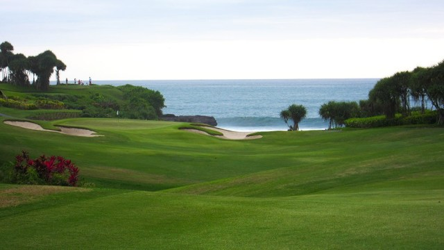 Bali golf course Nirwana