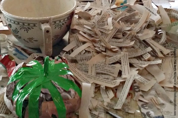 make stem and tear recycled paper strips for pumpkin