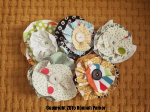 fabric-flower-pins-diy
