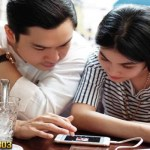 Seksi Pakai Lingerie Tipis Sandra Dewi Umumkan Kehamilannya