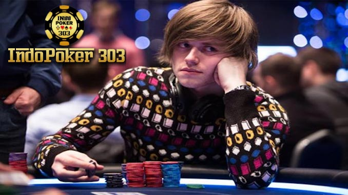 Keseruan Bermain Taruhan Poker Online Uang Asli