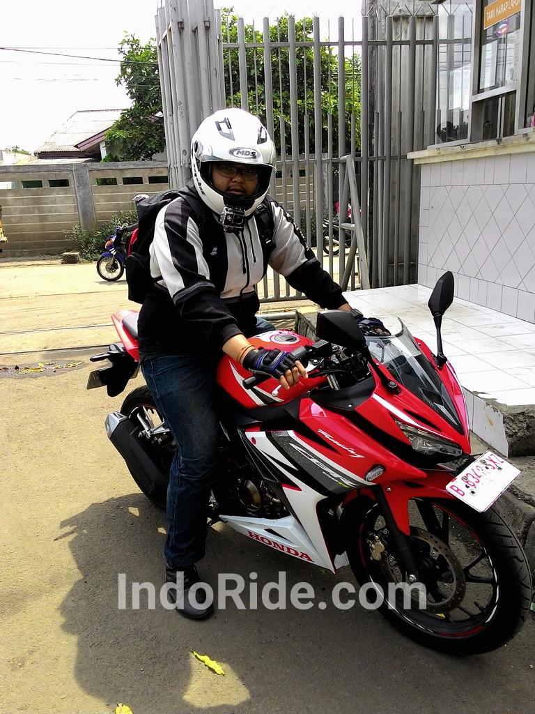 Honda All New CBR150R Racing Red