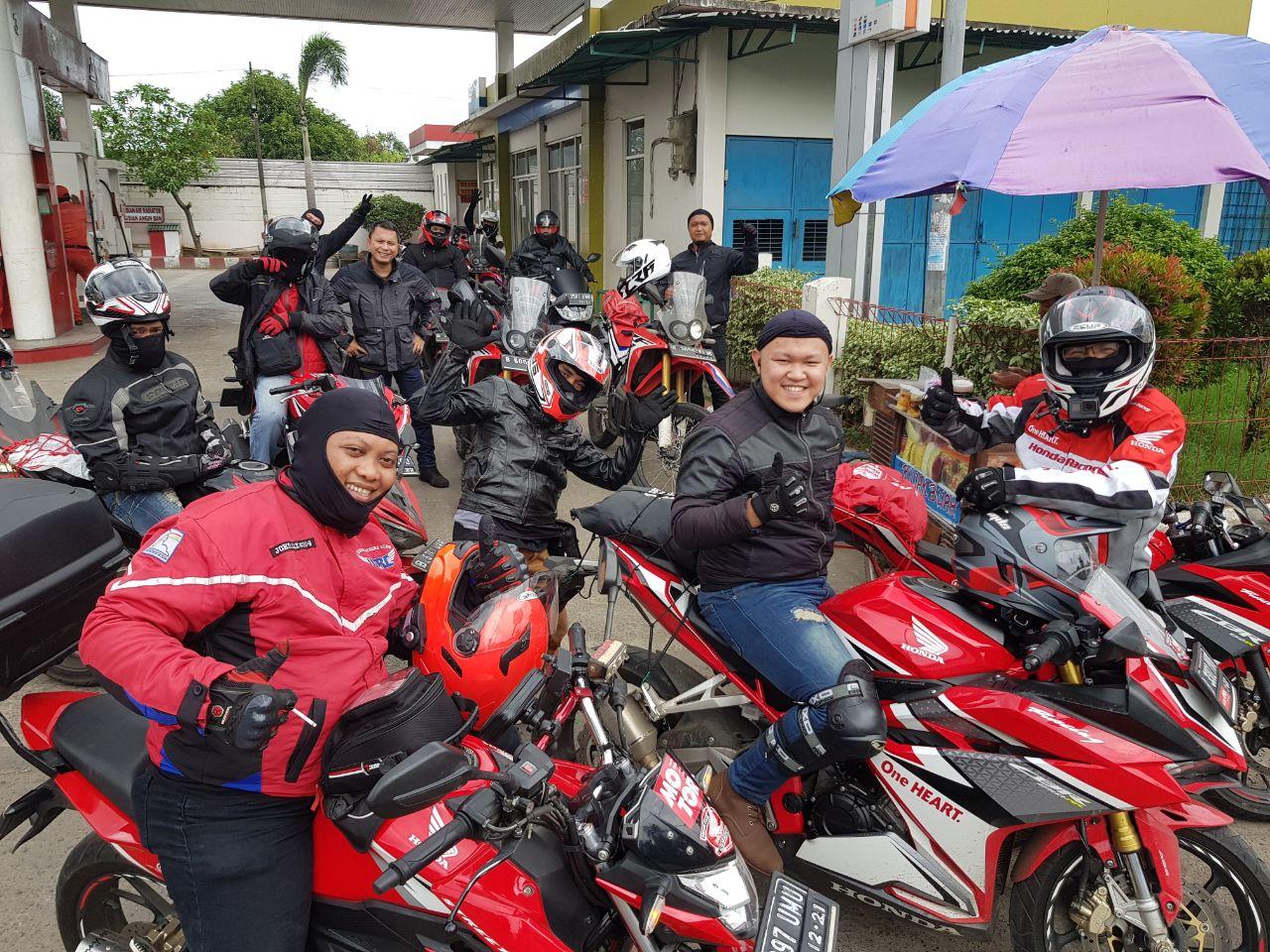 Dealers rides (3)