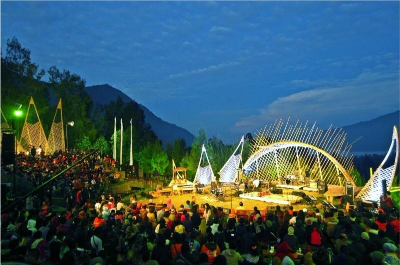 Pertunjukan Jazz Gunung Tanggal 18-20 Agustus 2017 di Surabaya dan Gunung Bromo