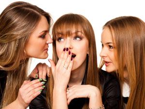Mengapa Para Wanita Senang Bergosip?