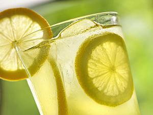 Manfaat Penting dari Air Lemon