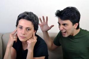 Tanda Kekerasan dalam Hubungan Asmara