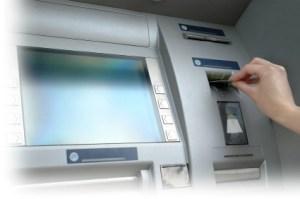 Menggunakan ATM dengan Aman
