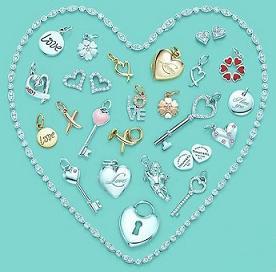 Aksesoris Yang Bisa Dikenakan di Hari Valentine