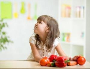 Anak yang Suka Pilih-pilih Makanan