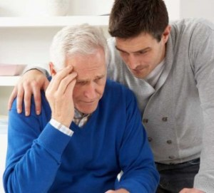 Penyakit Alzheimer adalah suatu kondisi yang jauh lebih serius daripada apa yang terlihat. Di bawah ini adalah gejala-gejala awal dari Alzheimer yang perlu diketahui sedari dini.