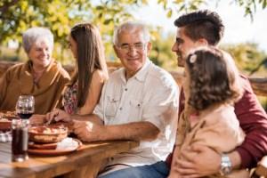 Menguatkan Hubungan Keluarga