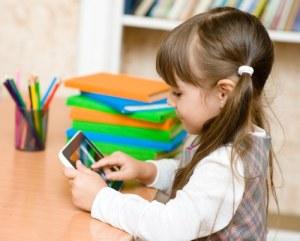 Tidak Memberikan Tablet Pada Anak Kecil
