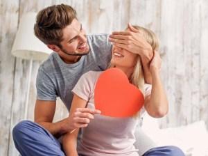 Mengekspresikan Cinta Kepada Pasangan