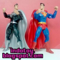Jual Superman dan Superman Black Suite Action Figure