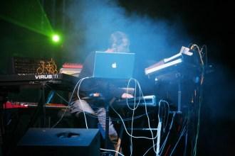 23. Thunderbolt (2008) - Live 23